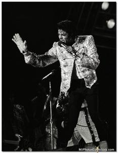 1984 VICTORY TOUR  Th_754467863_gallery_1334_99079_122_127lo