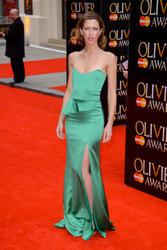 http://img137.imagevenue.com/loc366/th_463434450_MargoStilley_laurence_olivier_awards_007_122_366lo.jpg