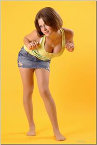 http://img137.imagevenue.com/loc369/th_278894274_tduid300163_sandrinya_model_denimmini_teenmodeling_tv_031_122_369lo.jpg
