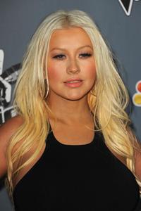 [Fotos+Videos] Christina Aguilera en la Premier de la 4ta Temporada de The Voice 2013 - Página 4 Th_985732476_Christina_Aguilera_06_122_432lo