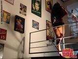 Andrea  Rincon (Selena Spice) Striptease Segunda Prenda foto 5