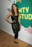 th_71426_Jessica_Alba-MTV_TRL_937_122_518lo.jpg