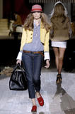 th_93737_celebrity_city_DSquared2_Fashion_Show_64_123_527lo.jpg